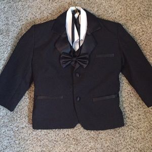 Suit comes with shirt, bow tie,pants, and jacket